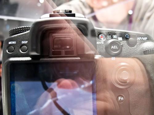 Sony A77-6