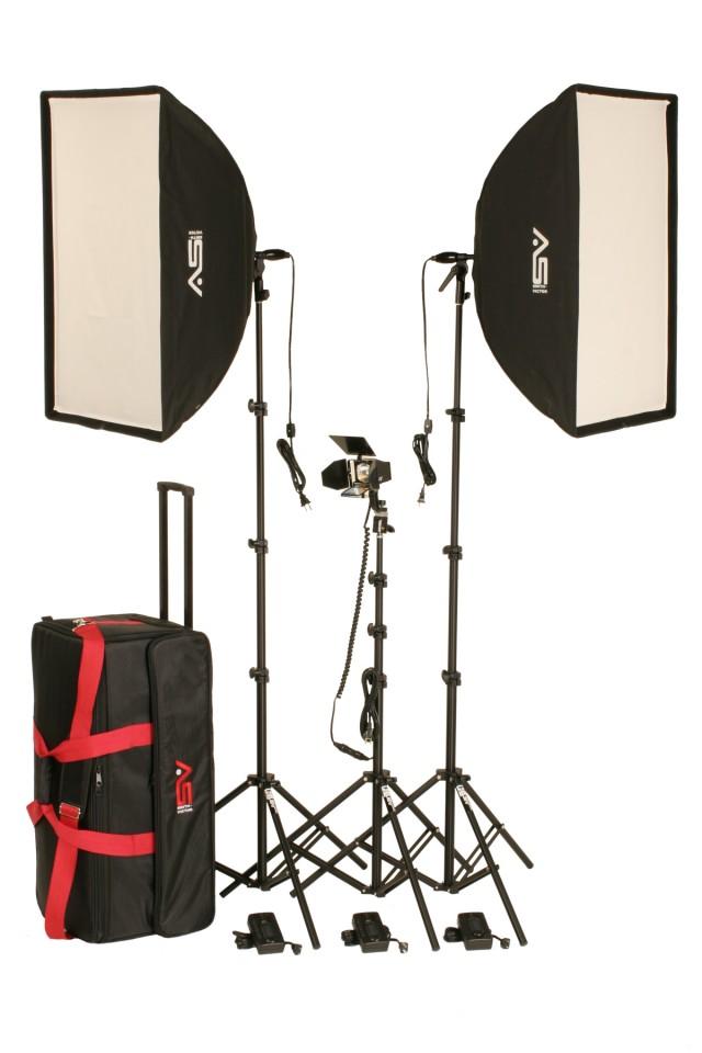 Smith-Victor KSBQ-2600 1100W Pro Soft Box 3-Light Kit w/Accent Light
