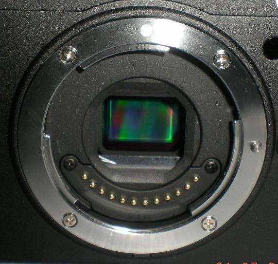 Nikon-Mirrorless-Camera-X810