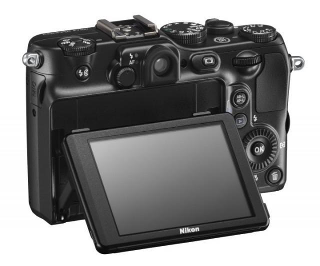 Nikon P7100 Back