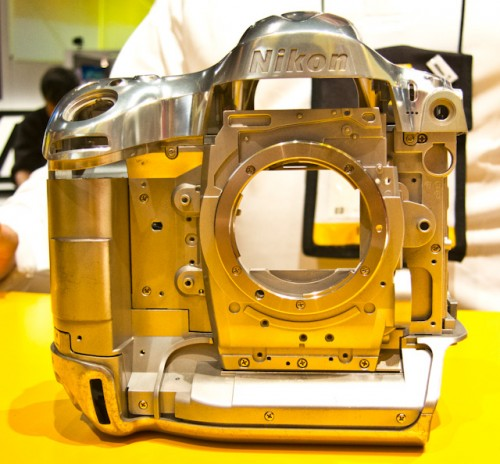 Nikon D4-10