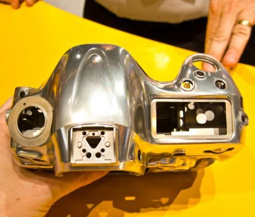 Nikon D4-12