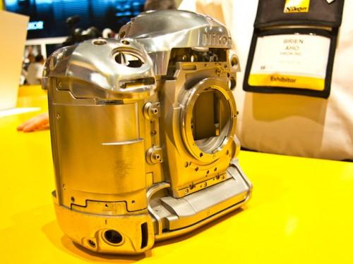Nikon D4-15