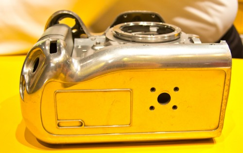 Nikon D4-18