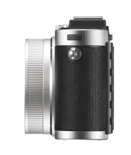 Leica X2 Silver left_2