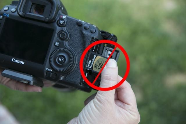 5D Mark III w/ SD Card