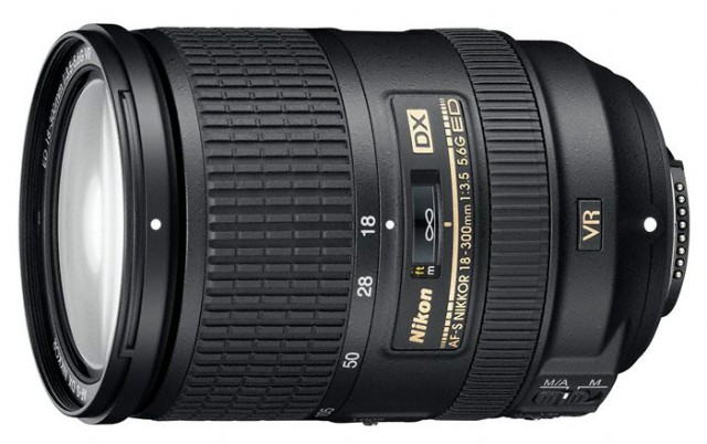 Nikkor AF-S DX 18-300mm f/3.5-5.6G ED VR