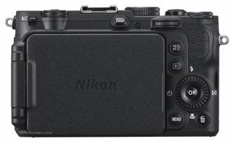 Nikon-Coolpix-P7700-4