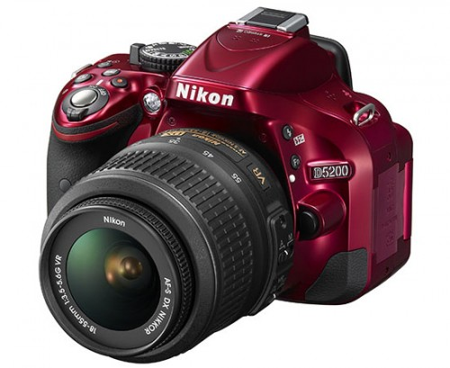 Nikon D5200 Red