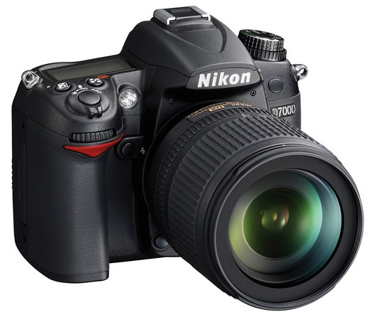 Nikon D7000 w/ 18-105mm VR Lens for $996.95 - Black Friday Deal Alert