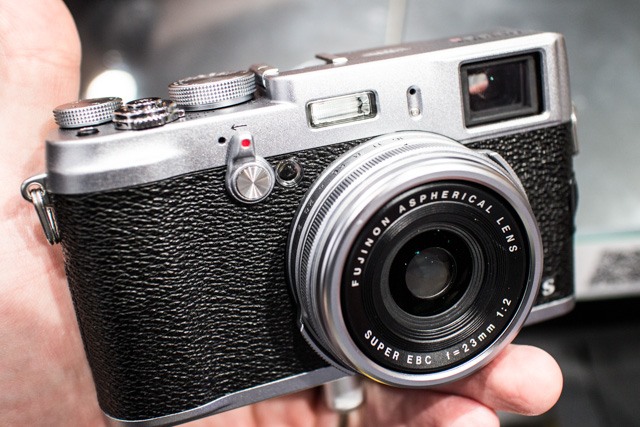Fuji X100S