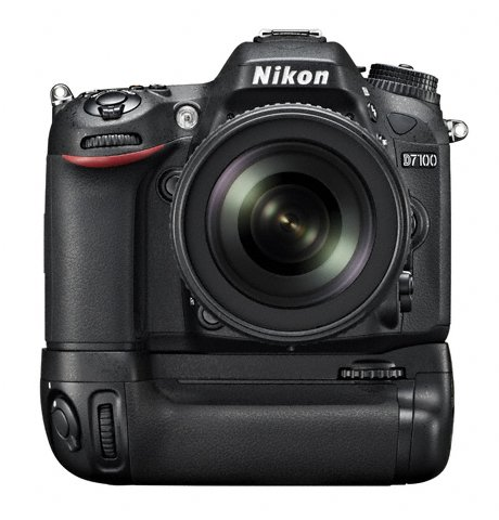 Nikon MB-D15 Battery Grip for