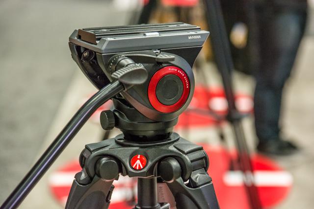 Manfrotto 500 Bridging Video Head-15