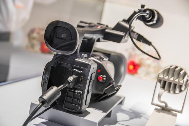 Panasonic 4K Camera-2