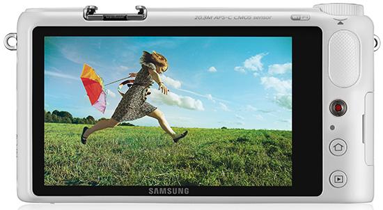 Samsung-NX2000-back