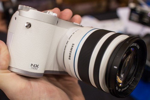 Samsung NX300 White-4