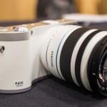 Samsung NX300 White-5