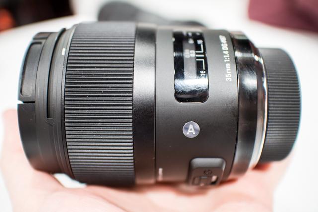 Sigma Lenses at CES 2013-4