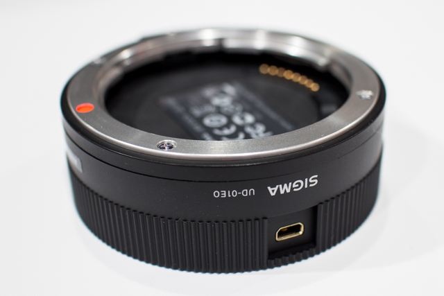 Sigma Lenses at CES 2013-8