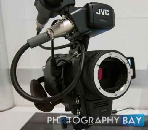 JVC HMQ30-2