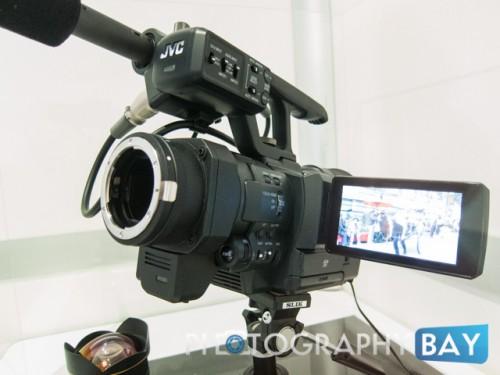 JVC HMQ30-4