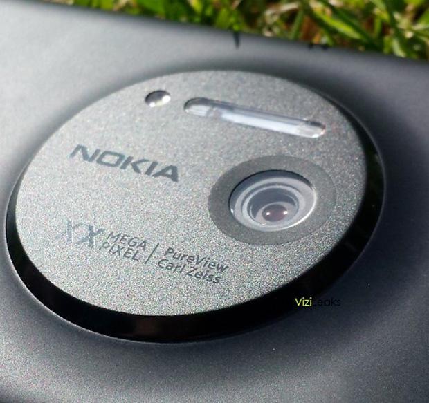 Nokia-EOS-Camera-1