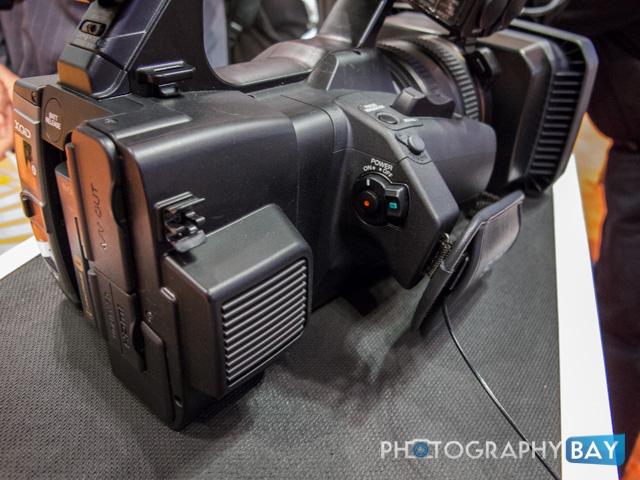 Sony FDR-AX1-5