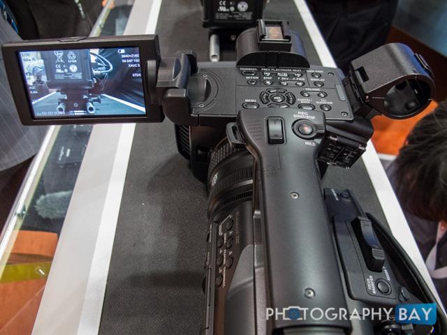 Sony FDR-AX1-7