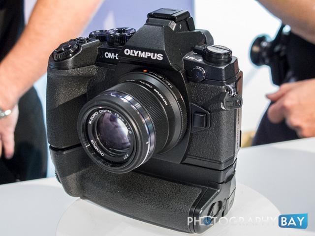 Olympus OM-D E-M1-8