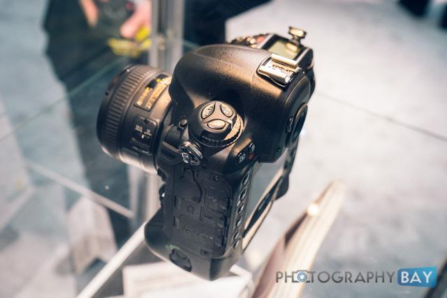 Nikon D4S-7