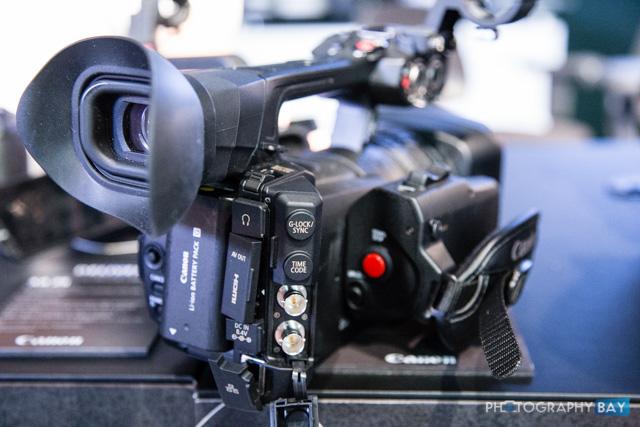 Canon XF205-2
