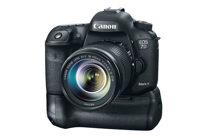 Canon 7D Mark II Grip