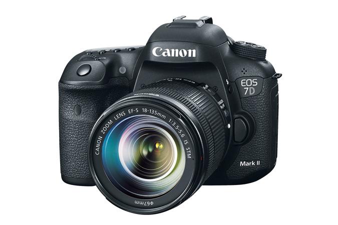 Canon 7D Mark II Lens