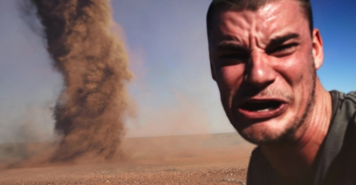 crazy-guy-runs-into-outback-tornado-to-take-selfie