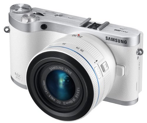 Samsung NX300 with 20-50mm Lens