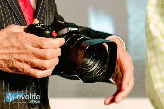 Canon-4k-video-camera-3