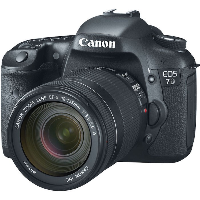 Canon 7D EF-S 18-135mm IS Lens