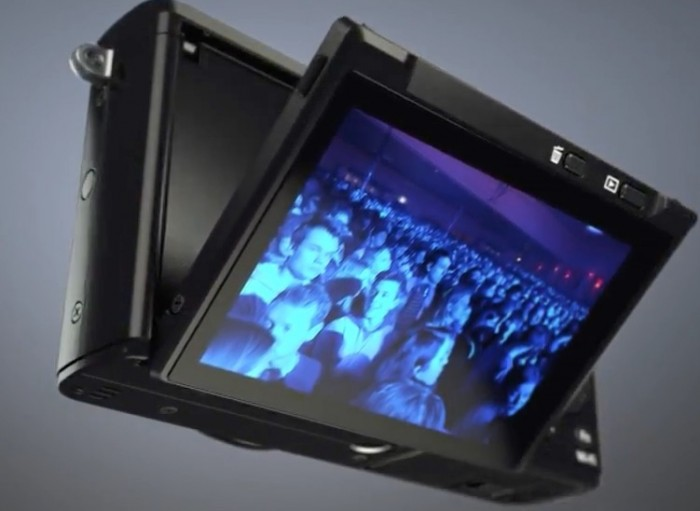 Fuji X70 LCD Tilt