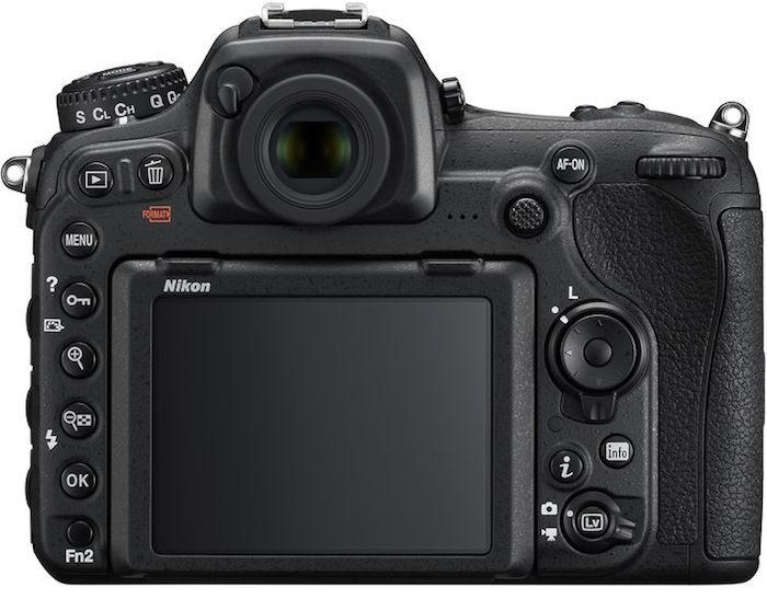 http://www.photographybay.com/wp-content/uploads/2016/01/Nikon-D500-Back-700x547.jpg
