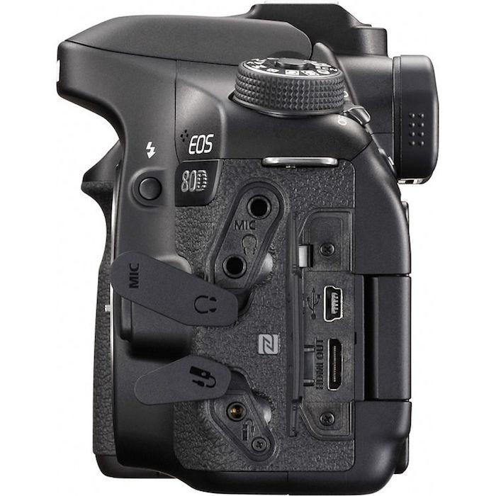 Canon 80D ports