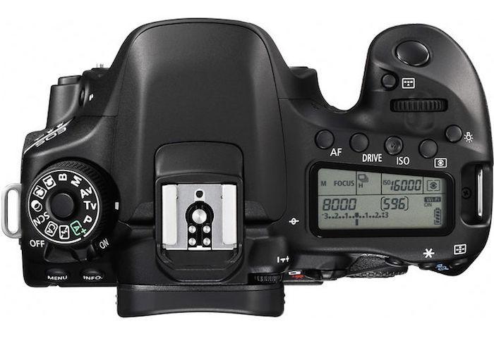 Canon 80D top
