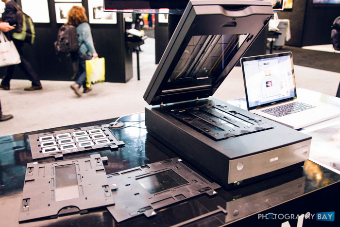 Epson Unveils New Professional Film Scanners V800 Photo